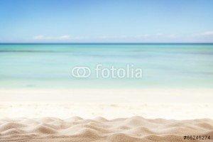 Beach-Back-66245274