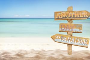 beach-back-sign-900